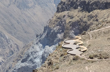 Arequipa – Colca Canyon <span>2 days <br> 1 night</span>