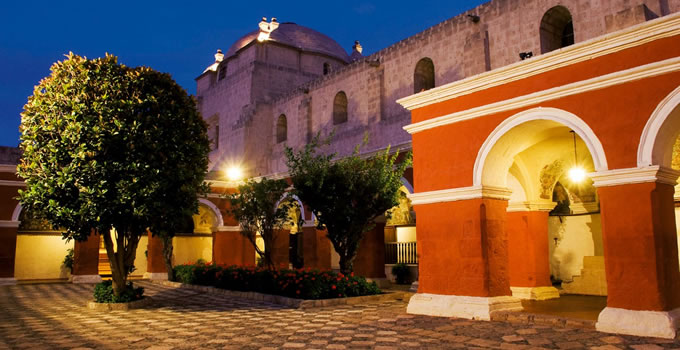 arequipa-city-tour-monastery-santa-catalina