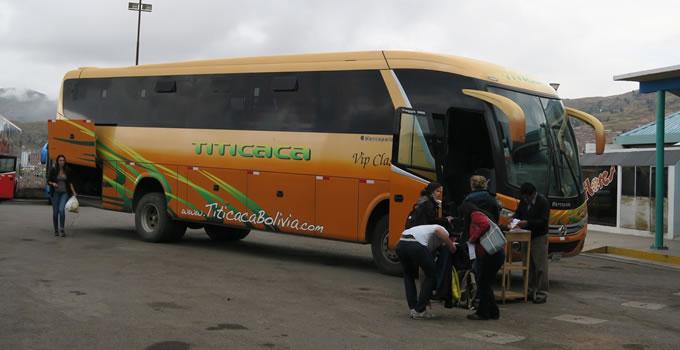 trasport-cusco-puno-titicaca-bolivia-with-stop-touristic-10