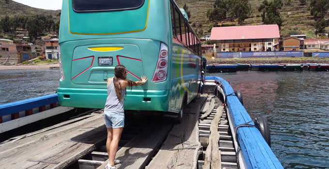 trasport-cusco-puno-titicaca-bolivia-with-stop-touristic-2